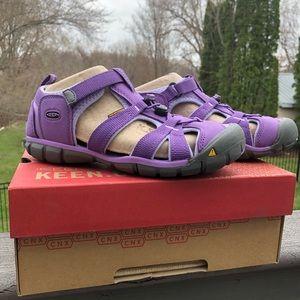 Lavender Keen Sandals
